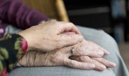"""Giornata mondiale dei nonni, Forum associazioni familiari: """"in provincia di Siracusa oltre 86mila over 65"""""""