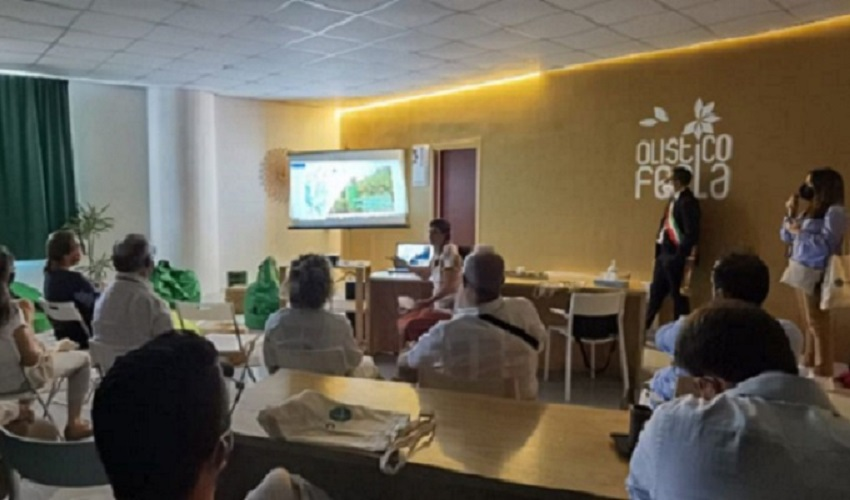 Delegazione di Paesi latino-americani a scuola di buone pratiche amministrative a Ferla