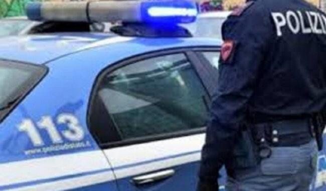 Siracusa, assalto all'Arancia meccanica in una casa di via Martoglio