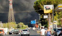 Violento incendio a Priolo: al lavoro Vigili del fuoco e Protezione civile