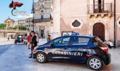 Apecar per turisti senza assicurazione in Ortigia: mezzi sequestrati