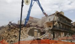 Demolizione ex cinema Italia a Priolo, domani tocca al corpo centrale