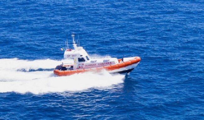Bagnante disperso al Plemmirio: soccorso della Guardia Costiera
