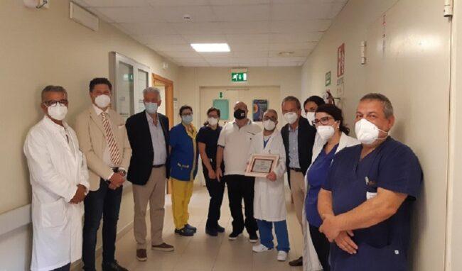 Il presidente nazionale dell'Ail, Vignetti, in visita al reparto di Ematologia del Muscatello di Augusta