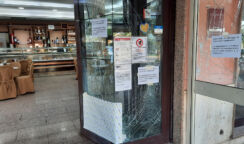 Bomba carta a Siracusa: l'esplosione davanti a un bar in viale Santa Panagia