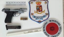 Nasconde in casa pistola e munizioni: arrestato 28enne di Siracusa