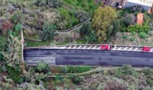 Chiusura di un tratto autostradale della A18 per la caduta di un masso