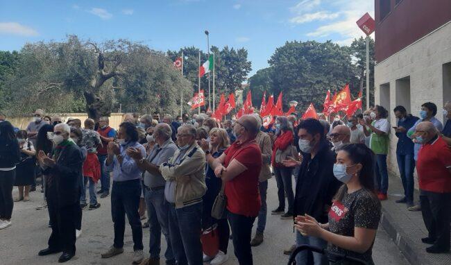 """Assalto alla Cgil nazionale, presidio anche a Siracusa: Alosi """"Si sciolga qualsiasi organizzazione che si ispira al mondo fascista"""""""