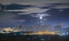 Allineamento tra Venere e la Luna sopra Palazzolo Acreide: lo scatto di Giannobile foto del giorno della Nasa