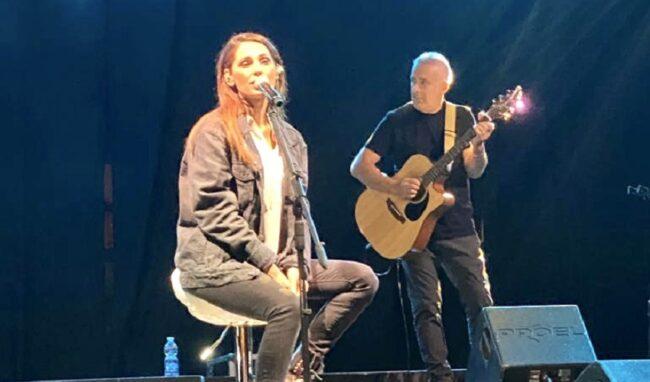 Anna Tatangelo e Uccio De Santis sul palco a Priolo